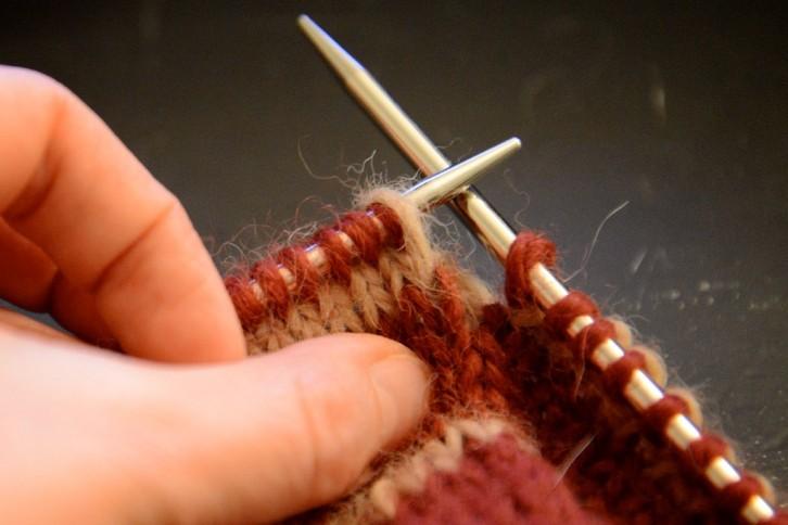 Démystifions le tricot en rond (1/2) in the loop  Le webzine des arts de la