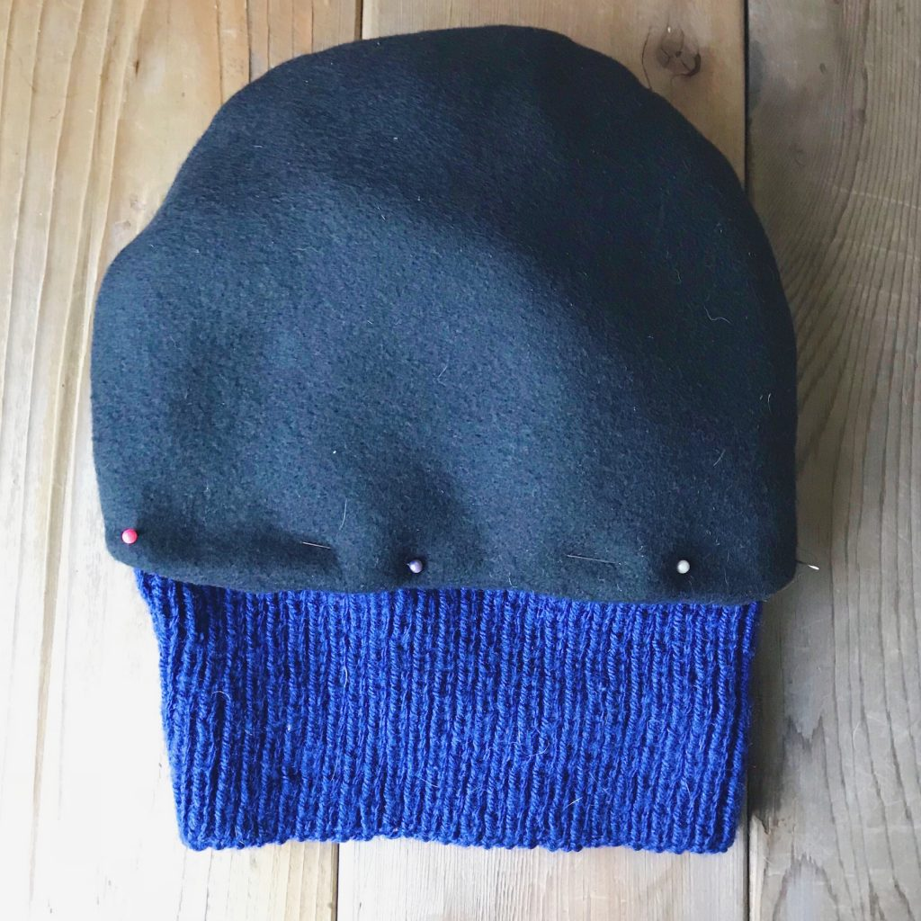 How to line a knitted hat with fleece - step 6