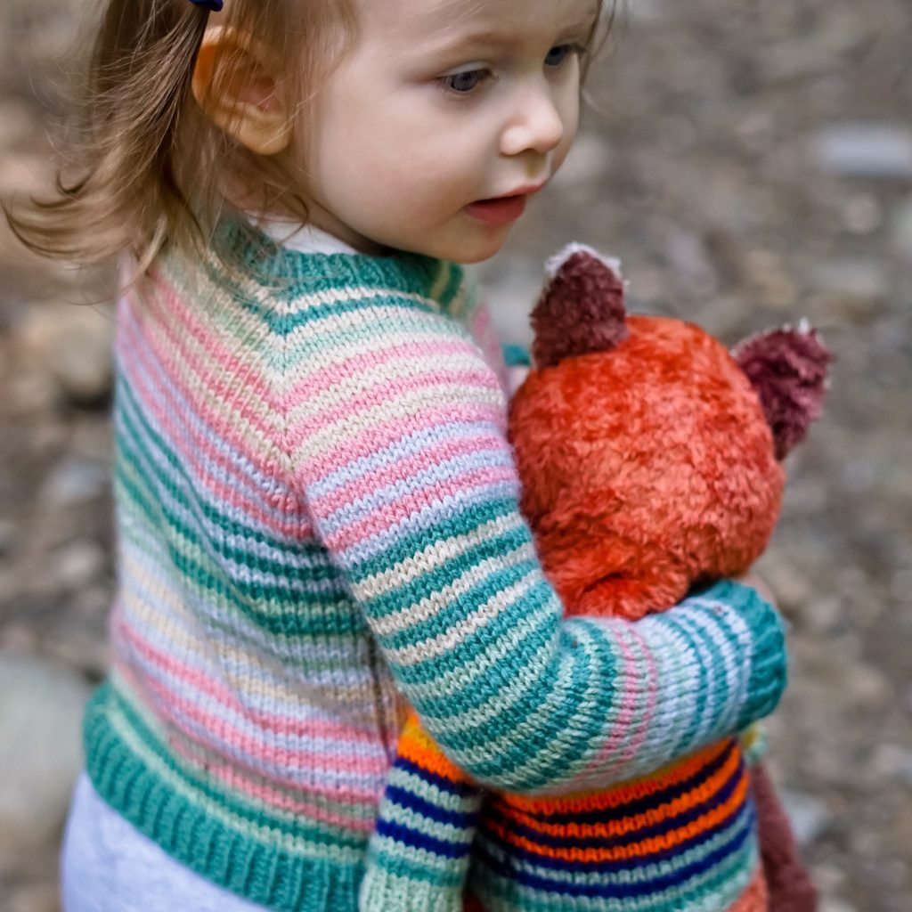 Tiny Lineage Sweater Knitting Pattern For Babies and Kids